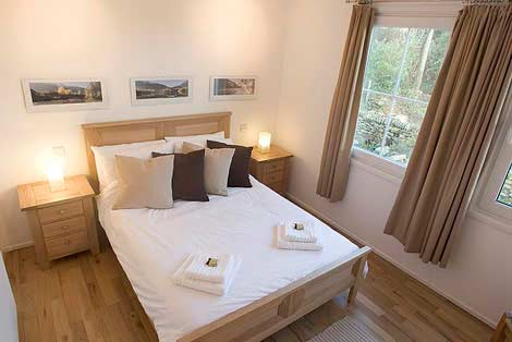 Master double bedroom - Sorgente Holiday Cottage