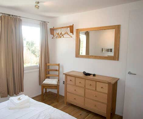 Double bedroom Sorgente holiday cottage Cornwall