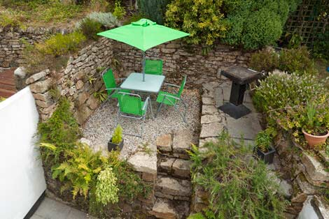 Cornish hedged garden - Sorgente holiday cottage, Cornwall